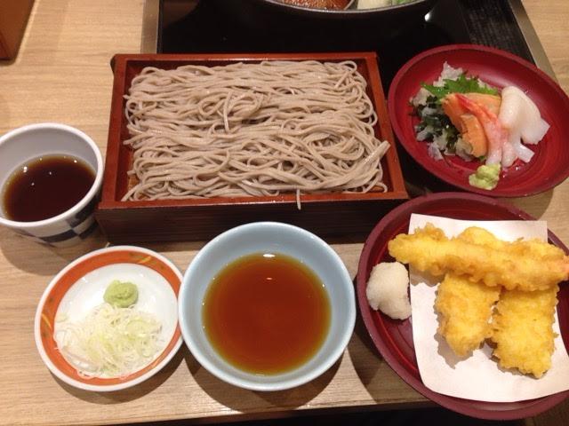 いろどり和菜 三○三 の食べ放題でオリジナル定食
