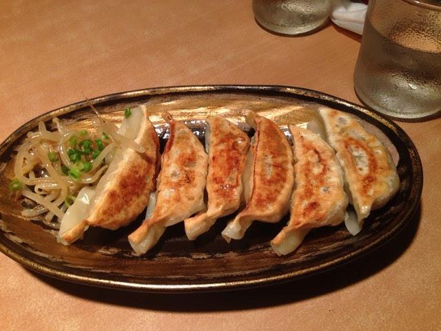 麺道場の黄金餃子