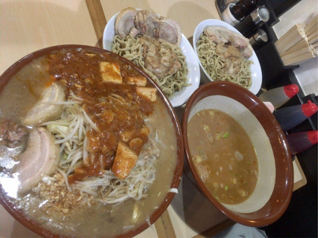 フュージョン大麺マシ1000gとつけ麺1000g