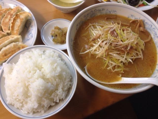 満州のネギ味噌ラーメンと餃子