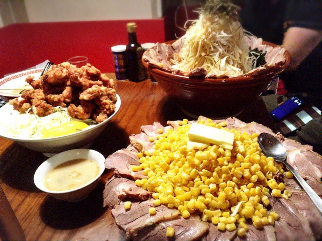 カレー丼とつけ麺てんこ盛り特別仕様