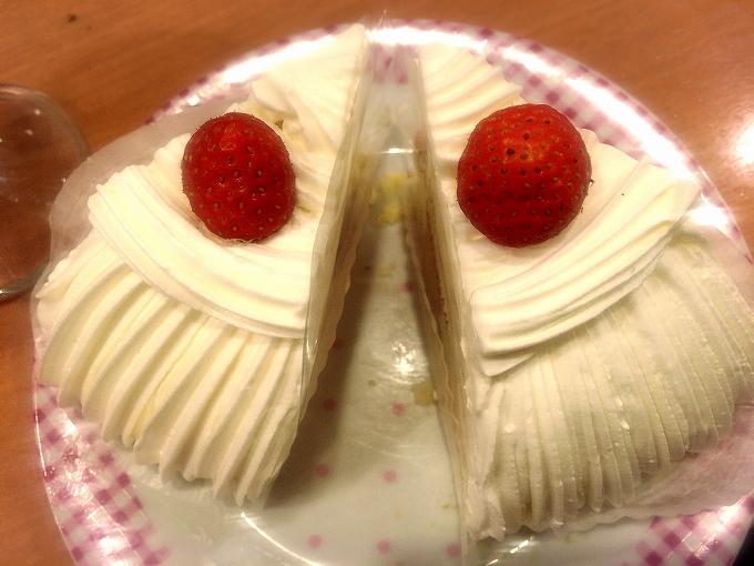 不二家のケーキ食べ放題、イタリアンショート2個