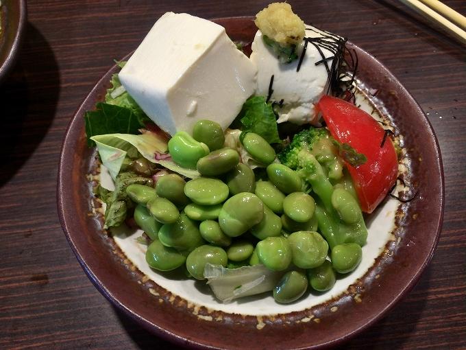 藍屋、枝豆サラダ