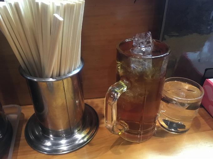 二代目蝦夷、ウーロン茶