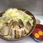 【デカ盛り】魔人豚 川越市 大ラーメン豚入り+麺マシ×3ですり鉢降臨☆飲みやすいまろやかスープ【二郎系】