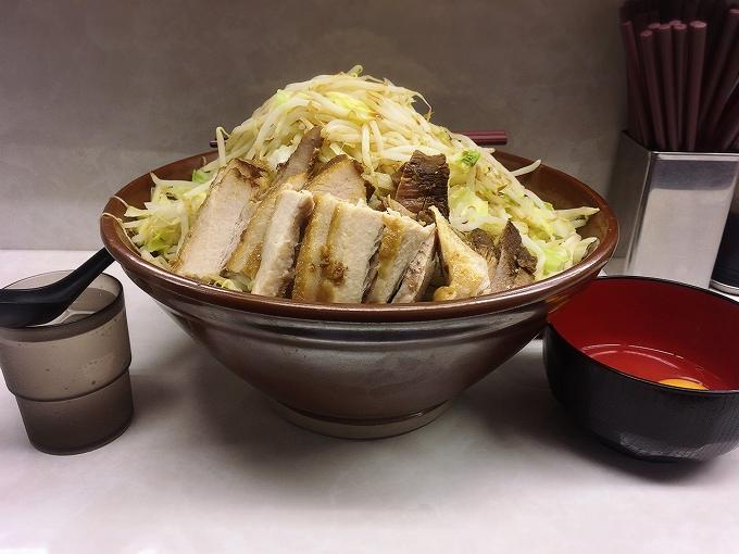 魔人豚、大ラーメン豚入り麺マシ×3(800g)