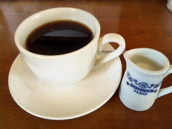 マチルダ、コーヒー