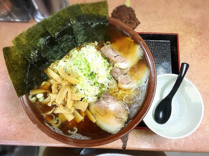 てんこもりラーメン、チャレンジコース麺8玉30分完食完飲で賞金5000円