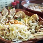 【デカ盛り】ラーメン ジライヤ 熊谷市 まぜそば(麺700g)太麺+豚増しジャンクな1杯を自由人さんと堪能♪【接客◎】
