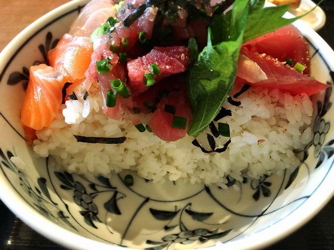 【大盛り】高半 上尾市 2大人気は天丼と海鮮丼