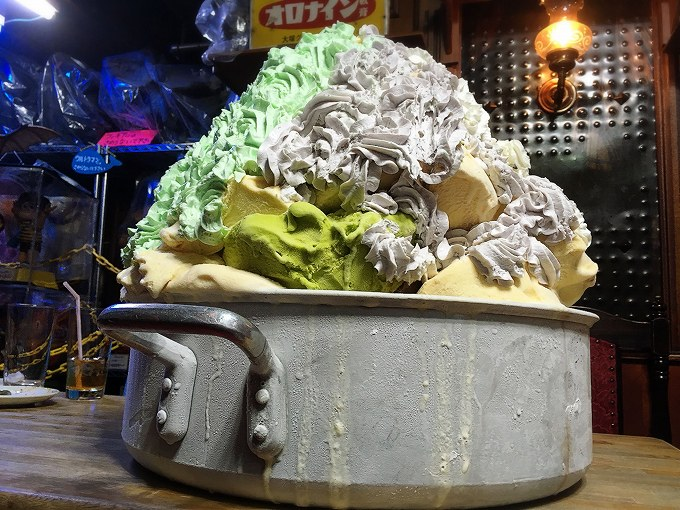 【デカ盛り】モカ 新潟県長岡市 おばけパフェレベルMAX越?!史上最大30キロ越えのモンスターが登場