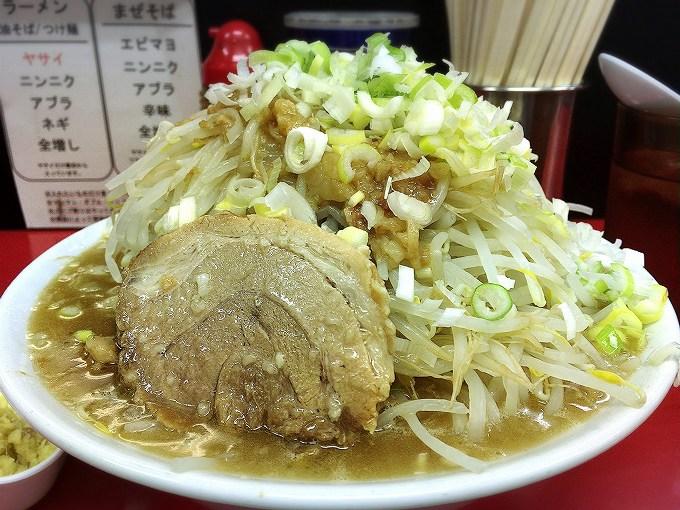 【極太麺】ラーメン一心 東松山市 ラーメン特大☆ネギが合うまろやかスープで体の芯からあたたまる~【二郎系】