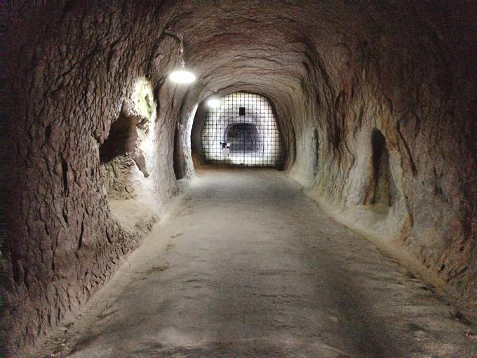 【お出かけ】吉見百穴 吉見町 スピッツやウルトラマンも来た不思議スポット☆夏は地下トンネルでヒンヤリ~