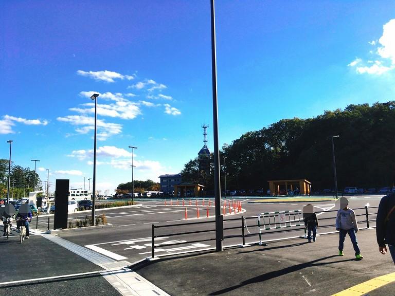 飯能にオープンしたメッツァビレッジの駐車場や店舗&見どころの紹介するよ♪新しい埼玉のお出かけスポットの誕生