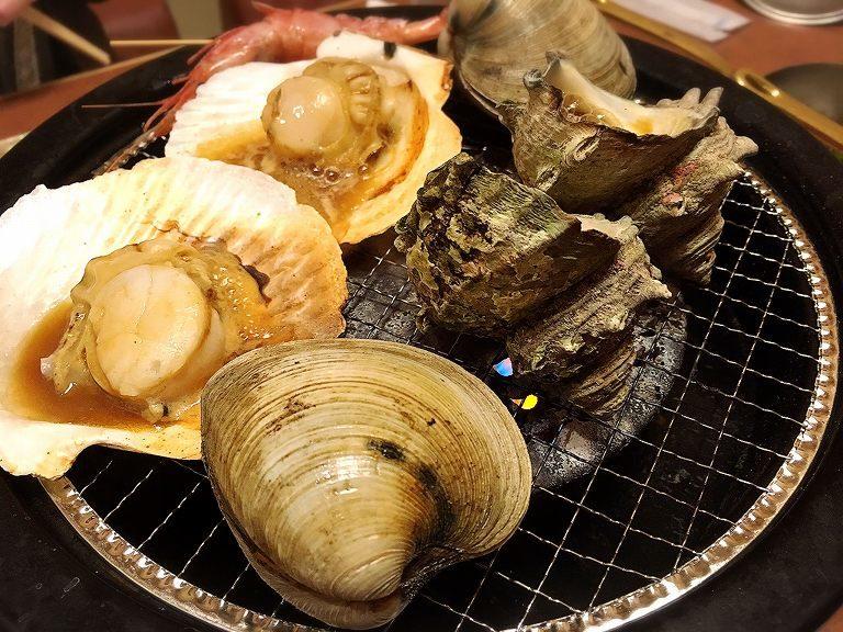 【食べ放題】うお坐 さいたま市 海鮮網焼き寿司コースで貝の浜焼きを堪能☆肉は牛ロースで至れり尽くせり【個室】