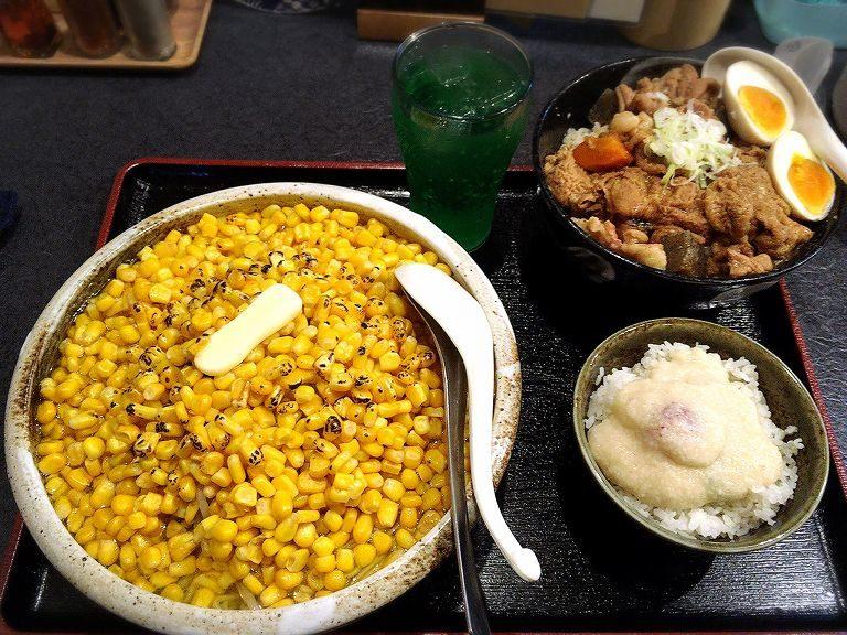 【大盛り】秋田ラーメンはま 限定塩バターコーンラーメンともつ煮丼☆夜セットをつければ大ボリューム【お得】