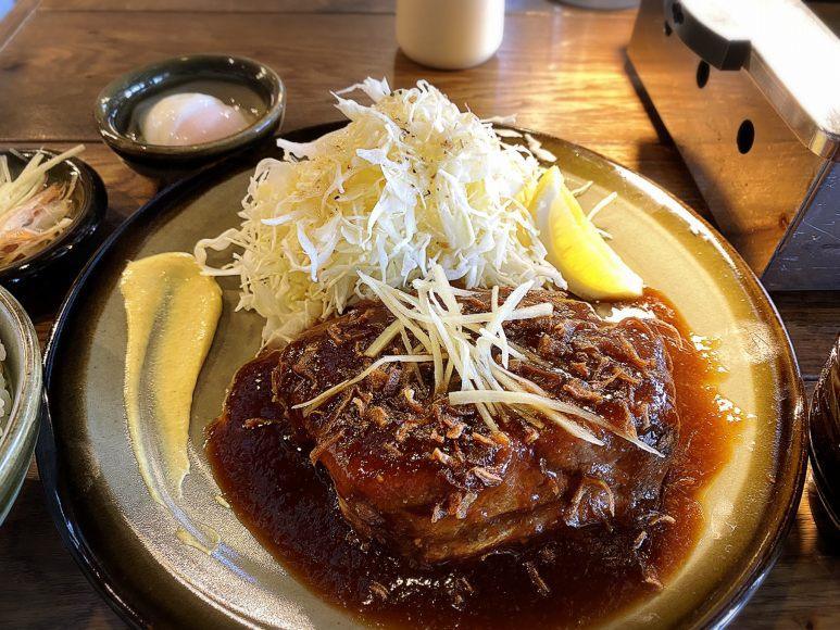【注目】ニューニクロザワ 所沢市 極厚肉の生姜焼き定食ランチが旨すぎ!【ご飯食べ放題】