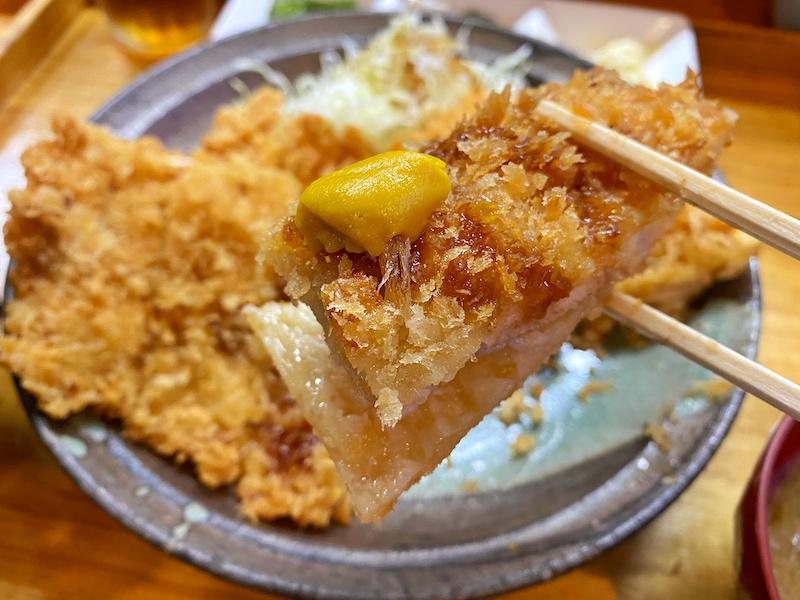 【デカ盛り】岩槻ランチ|居酒屋みさこのジャンボすぎる特大チキンカツ定食を実食!